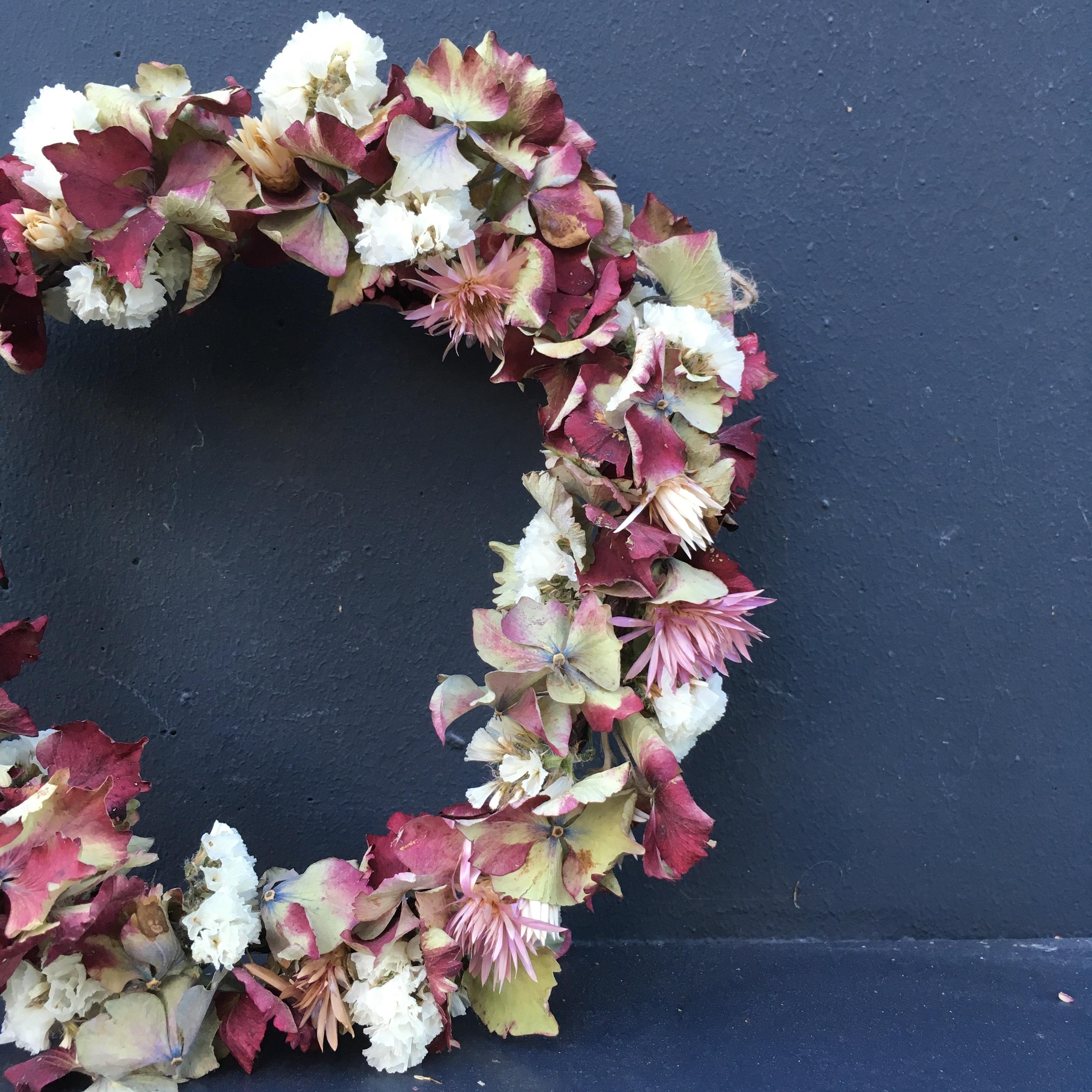 lebci fleuriste ecoresponsable bordeaux couronnes fleurs séchées